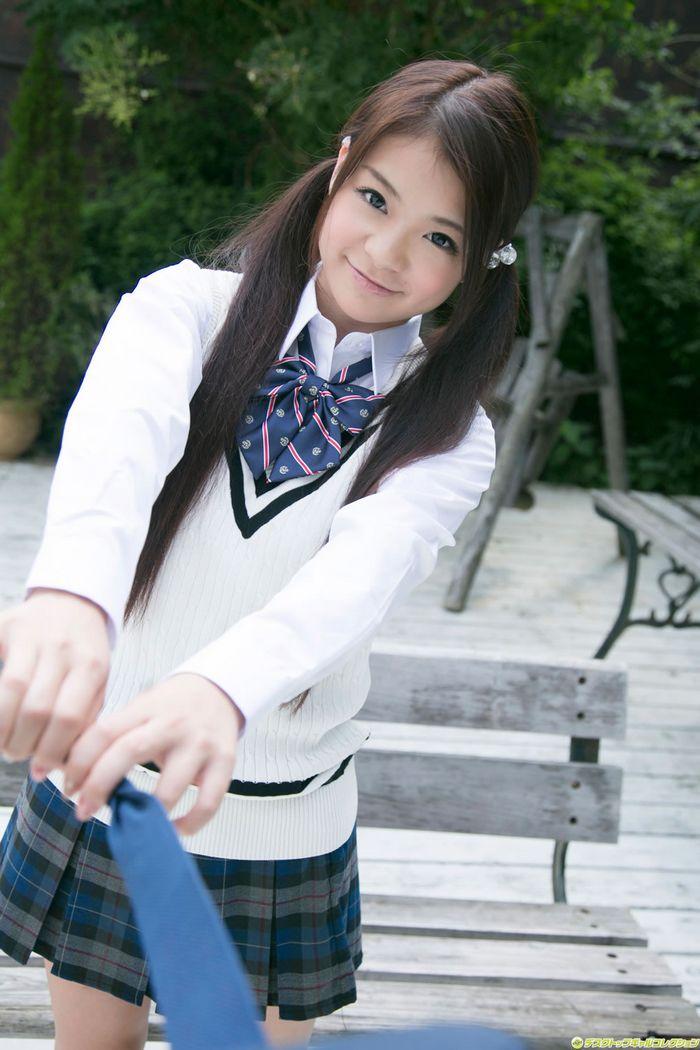 日系甜妞鹤田加奈的纯美风采